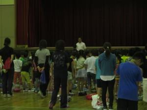 児童集会6月末 (2)